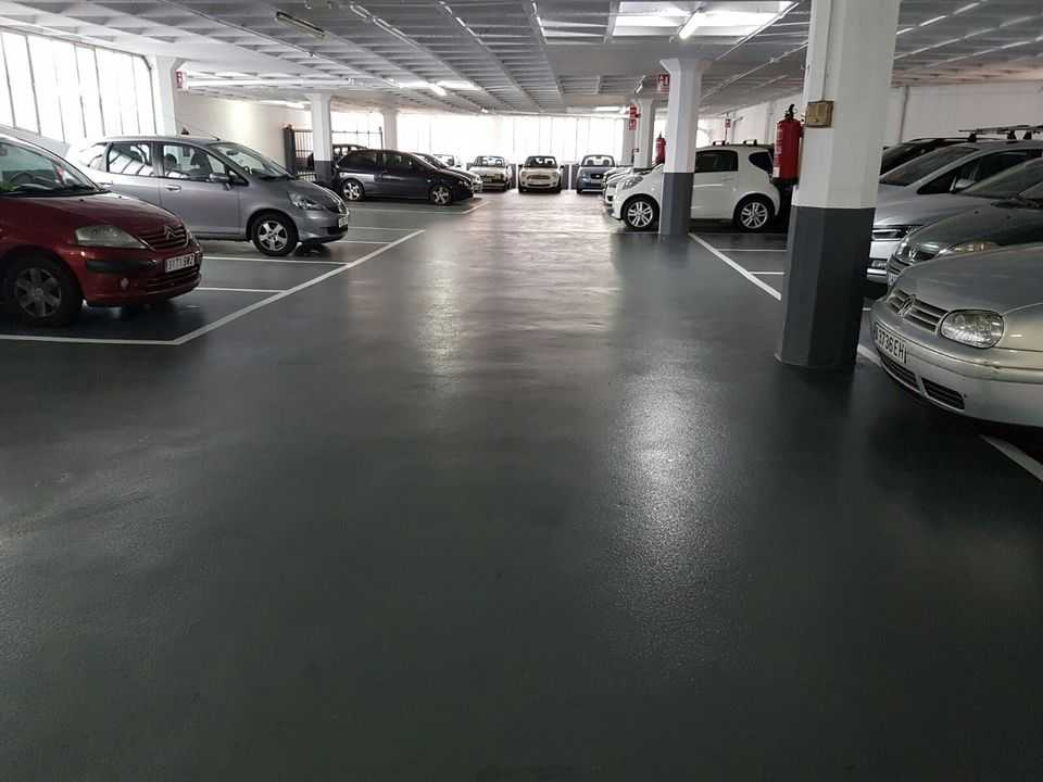 Pintado-Garaje-principal-de-gracia