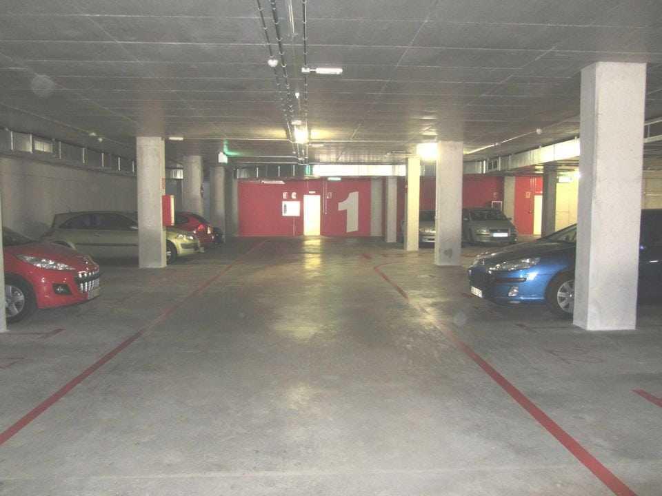 pintado-parking-bsm-ciutat-meridiana